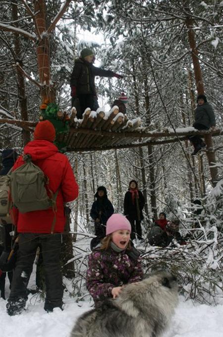 23 февраля москвичи совершили поход по окрестностям села Макарово.