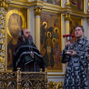 Литургия Преждеосвященных Даров в Богоявленском соборе Ногинска
