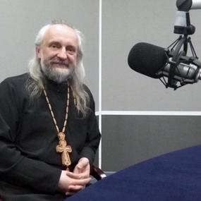 «Отношение общества к Церкви» на радио «ВЕРА»