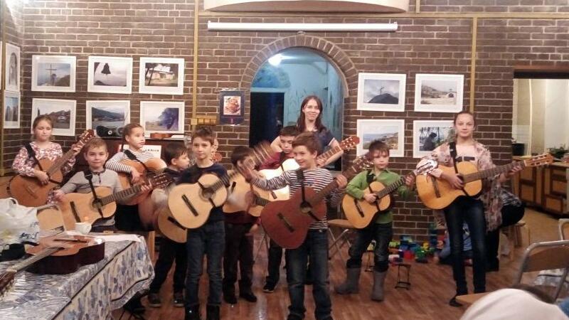 Концерт гитарного класса воскресной школы Никольского храма с.Макарово