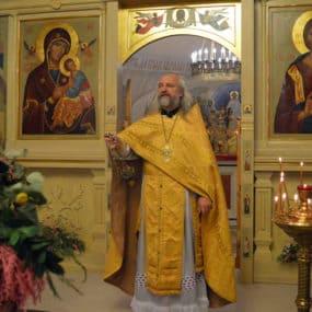 Божественная Литургия в храме Святителя Николая (с.Макарово)