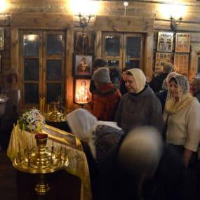 Новогодний молебен в храме Великомученика и Целителя Пантелеимона (г.Черноголовка)
