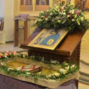 Утреня с погребением Плащаницы,