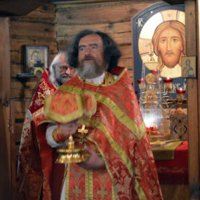 Божественная Литургия в храме вмч. Пантелеимона (г.Черноголовка)
