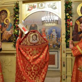 27 апреля 2019 года. Свято-Никольский храм с.Макарово. Пасхальное богослужение.
