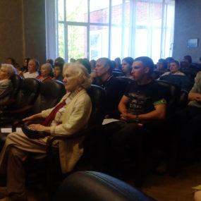Песни военных лет в исполнении хора Никольского храма с.Макарово.