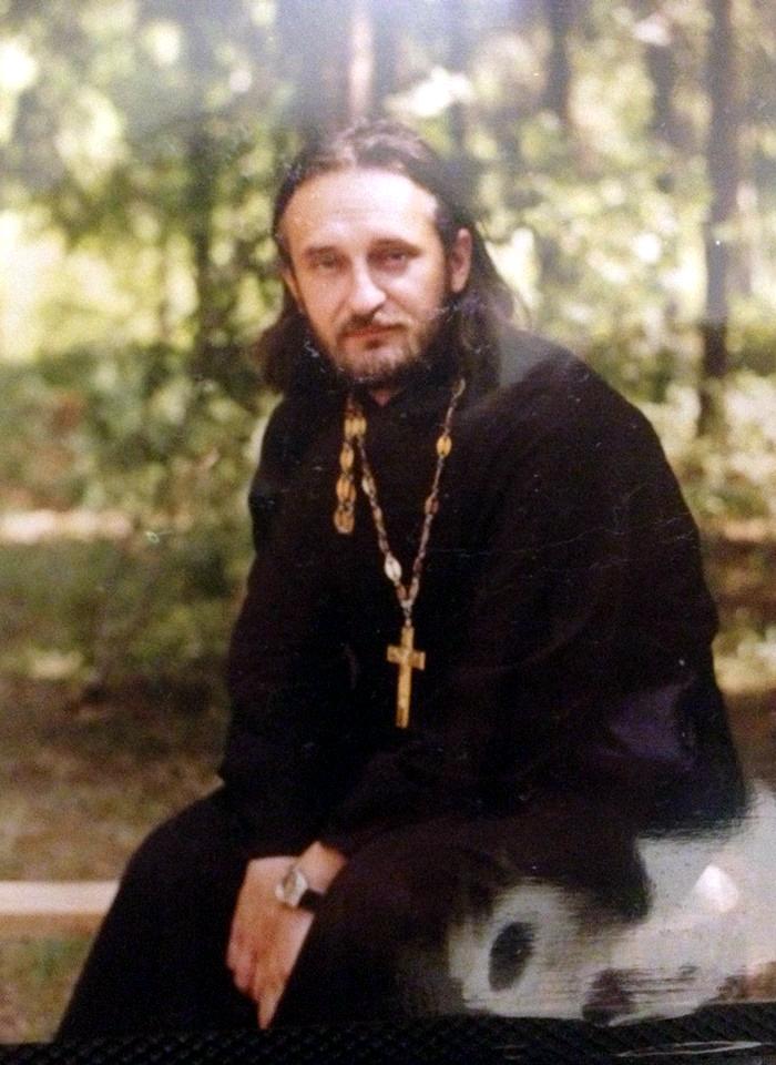Отец Вячеслав Перевезенцев.