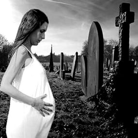 """ГЛАВНАЯ ПОТОК ЗАПИСЕЙ НА ГЛАВНОЙ """"Это черточка между двумя датами на могильном камне"""". Зачем жизнь, если все равно есть смерть"""