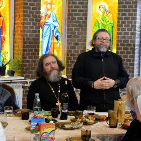 29 ноября 2020 года после Божественной Литургии в приходском домике Свято-Никольского храма в селе Макарово состоялся вечер посвящённый 30-летия возобновления приходской жизни.
