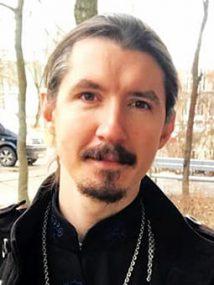 Священник Виктор Гавриш