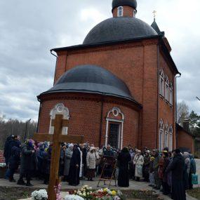 40 дней со дня смерти протоиерея Вячеслава Перевезенцева